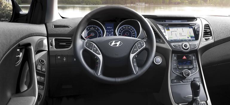 2015 Hyundai Elantra Sedan_02_LG